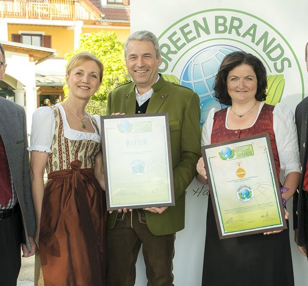 Green Brand Verleihung, Bgm. Weiglhofer, Ulli und Hermann Retter, Julia Fandler, Norbert Lux